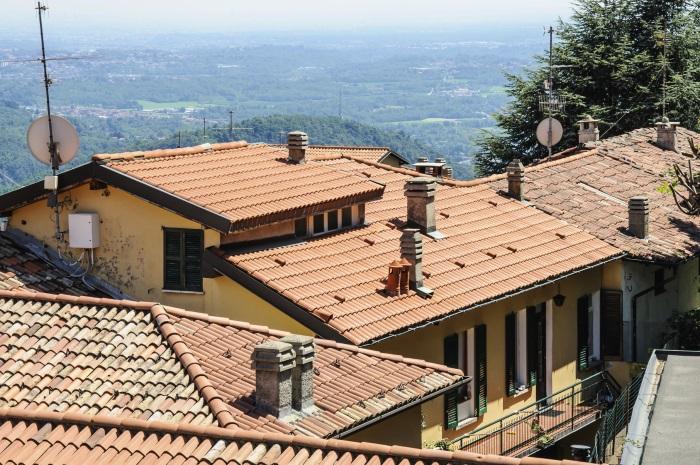 Italian-villa-inland-700