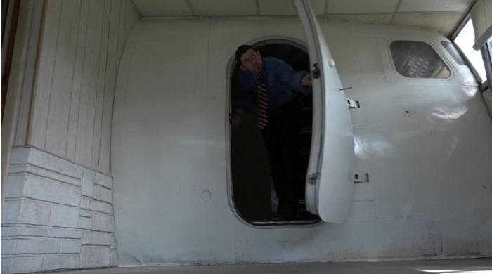 Chuck Vosburgh plane house