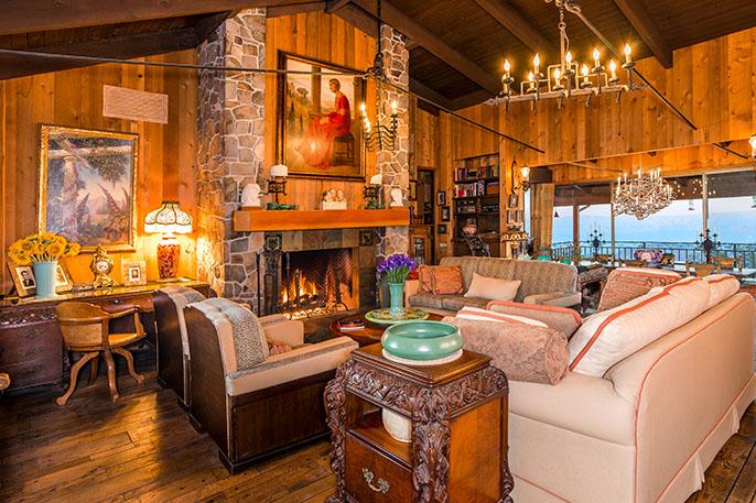 frank-sinatra-living-room