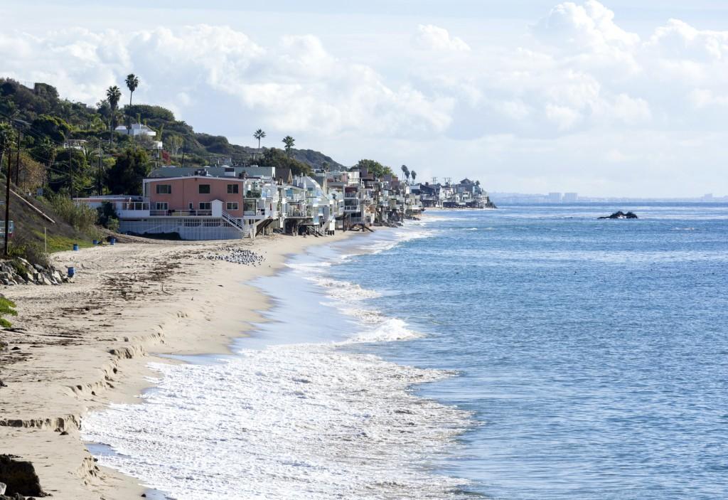 Malibu- various-beach-houses