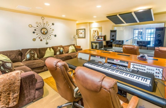 J-Lo recording studio