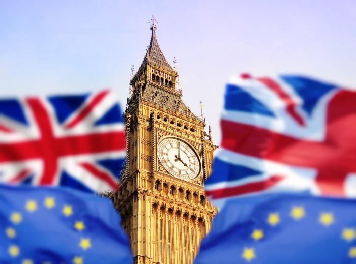 Big Benn with EU and GB flags
