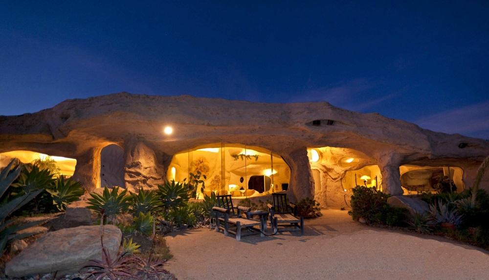 Flintstone home, Malibu